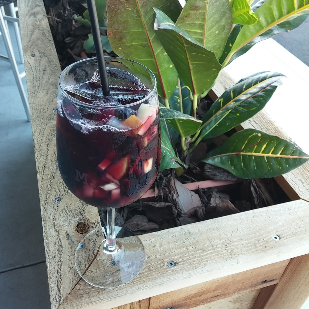 Marlow's Tavern Waterford Lakes Sangria