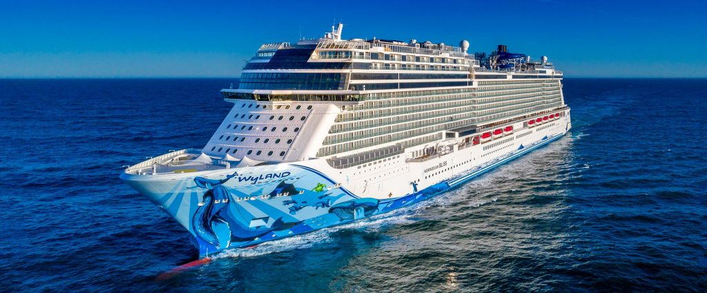 6 Things You'd Never Think to Pack for Your Cruise Vacation